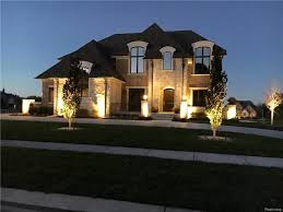 rochester hills luxury homes for sale