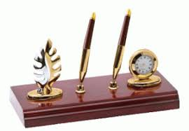 Office Desk Gifts Desktop Organizers As Affordable Business Gifts Wood
