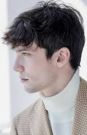 mens hairstyles pulled forward 33 of the best men s fringe haircuts fashionbeans