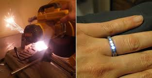 made engagement rings light of my engagement ring glows when fiance is