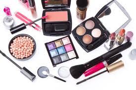 Satu Set Alat Make Up Wardah makeup sehari hari dengan produk lokal cosmetics beautynesia