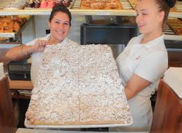 b and w bakery in hackensack has best crumb cake known man