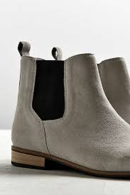 womens chelsea boots size 12 uo suede chelsea boot outfitters