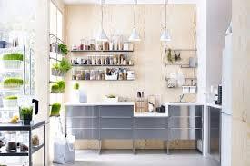 idee arredamento cucina piccola arredamento cucine piccole cucina piccola colori chiari with