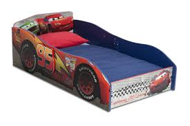 reviewing delta children disney pixar cars toddler bed