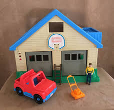 Little Tikes My Size Barbie Dollhouse by Vintage Little Tikes Dollhouse Vacuum Sweeper 3 5