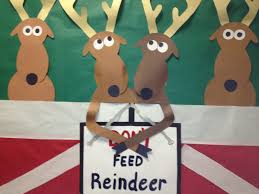 reindeer door decoration ideas don u0027t play with matches bulletin