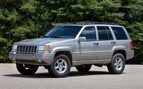 jeep commander vs patriot by the numbers 1998 2012 jeep grand cherokee srt8 and 5 9