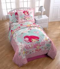 girls sports bedding strawberry shortcake bedding set 1 haylee room ideas pinterest