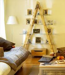 creative ways to use old wooden ladder in home decorating