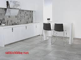 cuisine blanche sol gris carrelage sol cuisine blanc brillant pour idees de deco de cuisine