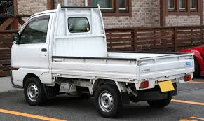 mitsubishi mini trucks file 1996 1999 mitsubishi minicab truck rear jpg wikimedia commons