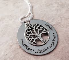 s necklace with names the 25 best necklace with name ideas on pet names for