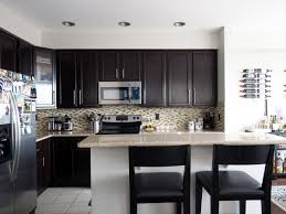 mini makeover black is back in the kitchen coco kelley coco a mini makeover for this townhouse kitchen just in time for the holidays coco kelley