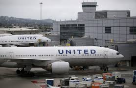 united airlines baggage charges schumer urges united airlines to drop new policy to charge for