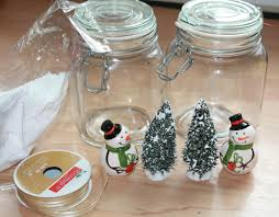 Xmas Table Decorations by How To Make Easy Snowman Christmas Table Centerpieces