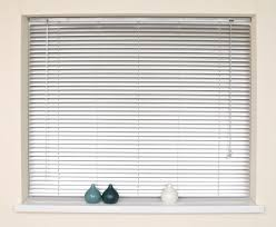 How To Clean Greasy Blinds How To Clean Vertical Blinds Fast Thecarpets Co
