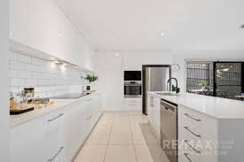 used kitchen cabinets for sale qld real estate for sale 30 moonie avenue murarrie qld