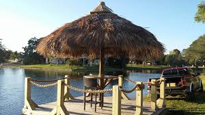 How To Build A Tiki Hut Roof Cape Coral Fl Tiki Huts Cape Coral Fl Tiki Bars Cape Coral