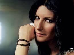 famous female italian singers laura pausini italian singer