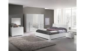 chambre adultes compl鑼e chambre adulte complète design blanc laqué julietta
