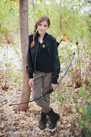 Quick Halloween Costumes For Teens Do It Yourself Katniss Everdeen Costume Katniss Costume