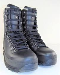 s boots size 11 lowa mega c backpacking s boots size 11 ebay