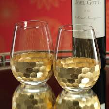 make every day special drink to life in stemless wine glasses