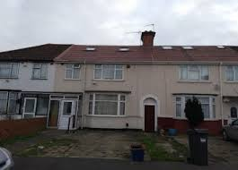 3 Bedroom House To Rent In Hounslow 4 Bedroom Houses To Rent In Southall Zoopla