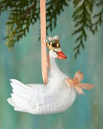 foster co hearldry swan ornament