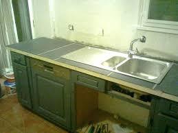 pose plan de travail cuisine meuble cuisine a poser sur plan de travail le caisson rangement