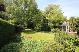 Walled Garden Sunbury by Property For Sale In The Avenue Sunbury On Thames Tw16 Dexters