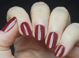 a painted nail essie dress to kilt fall winter 2014 color trend