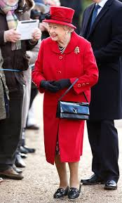 queen elizabeth ii launer bag royal portrait instyle com