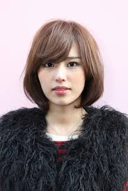 japanesse women with grey hair messy medium bob with long sexy fringe simple easy daily asian