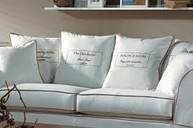 sofa im landhausstil klassische sofas im landhausstil home design ideas