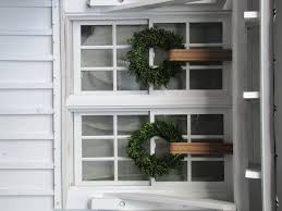 Holiday Wreath Ideas Pictures Wreaths On Windows Designs Windows U0026 Curtains