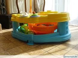 table d activité avec siege rotatif table d éveil avec siège rotatif bright starts a vendre