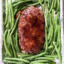 rachael ray thanksgiving meatloaf meat a fork in each hand