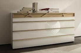 meuble design chambre hülsta collection cutaro lit chevet commode armoire en bois en