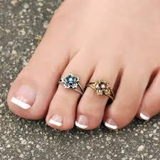 toe rings images Get elegant designs and sterling finishes in toe rings bingefashion jpg