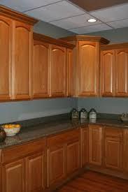 Kitchen With Oak Cabinets Gray Walls Oak Cabinets Light Blue Grey With Oak Cabinets