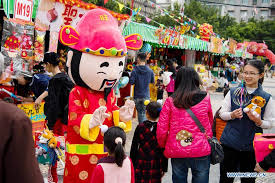 new year shopping do festival shopping in macao for lunar new