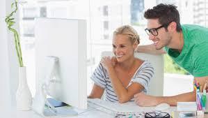 adultere au bureau l amour au bureau 60 des gens fantasment sur leur collègue 7sur7 be