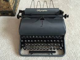 working manual typewriter for sale what you need to know about buying a typewriter typewriters 101