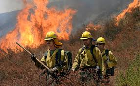 Wildfire Clearlake Ca by Thousands Evacuated As California Wildfire Grows Bloomberg
