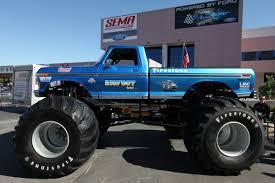 all bigfoot monster trucks big foot 4x4 monster truck 2 madwhips