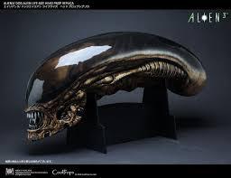 coolprops dog alien and warrior alien bust replicas the toyark