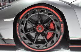 Lamborghini Veneno Back - lamborghini veneno roadster