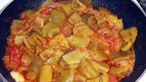 cuisiner poivrons verts recette de tchektchouka de poivrons vert recette espagnol